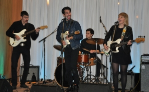 Rock 'n' roll library: a great performance by Run Coyote